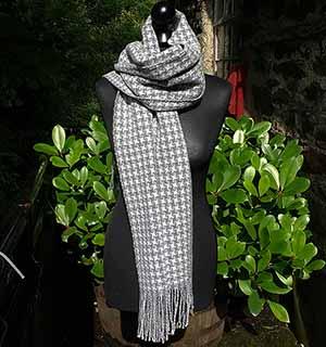 Pinwheel scarf
